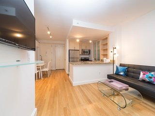 Luxury Fully Furnished 3 Bedrooms in Full Service, New York