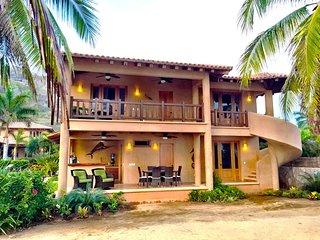 Beachfront Luxury 3br.2ba Villa on Troncones Beach