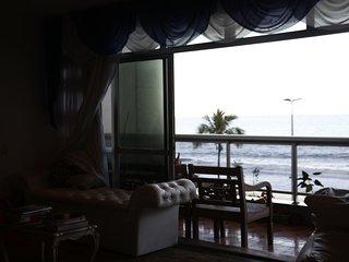 The apartment is close to Leblon's Beach
