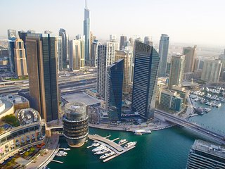 Bird`s-eye view over Marina, 2BR, Dubai