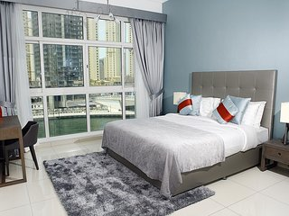 Modern 1br right on Dubai Marina