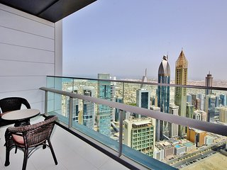 Spacious 2BR with Dubai skyline view