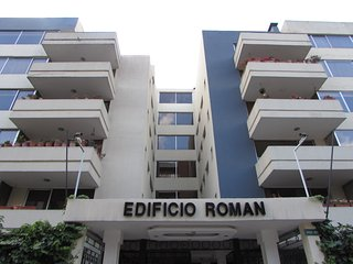Homevoyage / Furnished Rooms in shared apartment, Quito