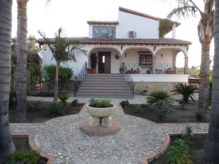 A Private Country Villa in Beautiful Setting, Alhaurin el Grande