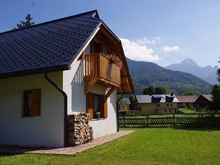 casa con vista sul Monte Mangart, Fusine in Valromana