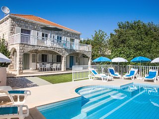 1.Villa Peric  with private pool - Apartment no 1, Cavtat