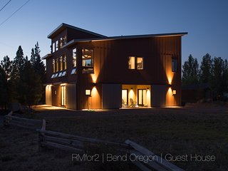 RMfor2 | Bend Oregon | River Bend Guest House