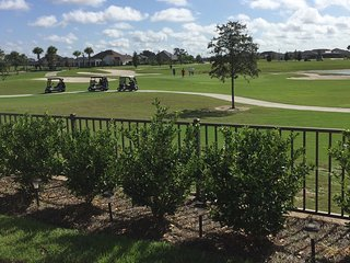 Golf Course Courtyard Villa Home Near Brownwood, The Villages
