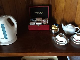 Coffee and tea making facilities