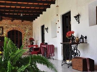 Casona Colonial, Habitacion con vista al Volcan, Antigua