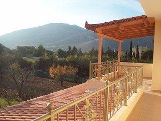 Apartment In Anavyssos