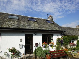 Mid Cottage East, Callander