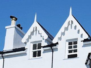 Luxury Victorian Villa, Views across the Estuary