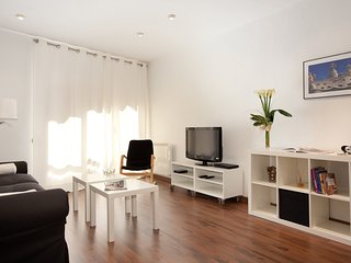 Charming apartment fully equipped, Barcelona