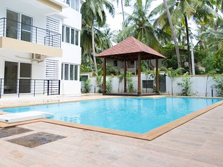 Simply Offbeat 3bhk Apartment with pool near Baga