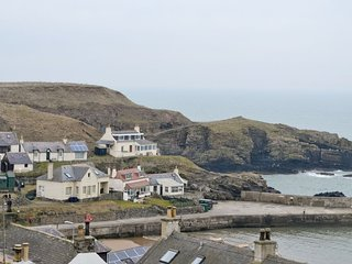 Sea view holiday cottage, Collieston