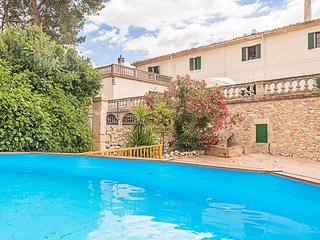 Typical majorcan manor house with private pool, Palma de Mallorca
