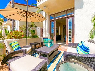 Seaside Beauty at Windansea Beach w/ Great Patio, Walk to Ocean & Shops