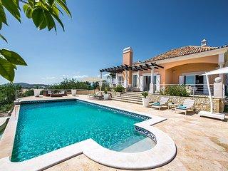 Villa Esparto, Loule
