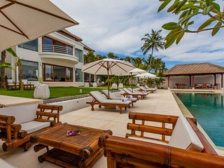Contemporary-Colonial Style 4 Bedroom Villa Ocean View, Candidasa;