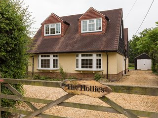 The Hollies, Brockenhurst