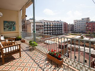 3 bedroom Apartment in Barcelona, Catalonia, Spain : ref 5035120