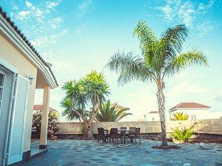 Wonderfull large house for the whole family, Playa de Fanabe