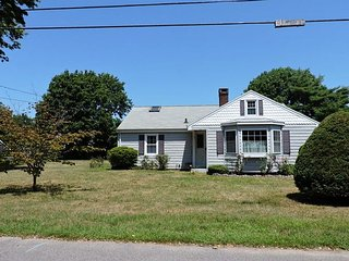 80 Fairview Ave, Falmouth