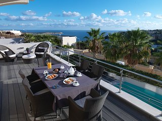 Luxurious Villa The Palms Mellieha Malta