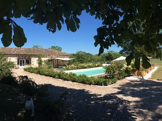 Outstanding luxury Holiday Home., Saint Colomb de Lauzun