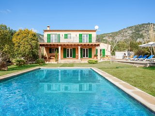 Magnificent Villa Sion with Private Pool and Great, Pollença