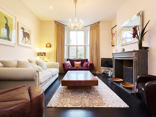 Family home, 5 bedroom, Orlando Rd, Clapham, Londres