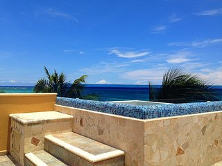 3 Bedrooms, Oceant Front, Playa del Carmen