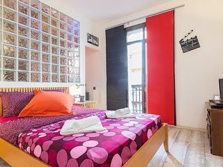Renovated 2BD, Barcelona
