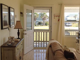 There's a screen door on the front to capture additional sea breezes.