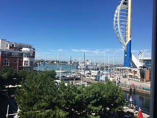 NEW: Harbour Views from Gunwharf Quays