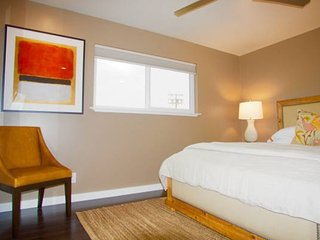 Furnished 2-Bedroom Apartment at Woodside Rd & Union Ave Redwood City