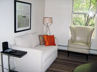 Furnished 1-Bedroom Apartment at 1st Avenue & E 74th St New York, Nueva York
