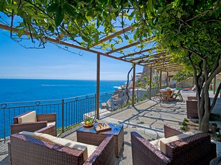 PR125-Beautiful Villa with the most amazing Sea Views!, Praiano