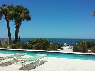 Gulf Front Beach House w/ Private Pool & Beach, Hernando Beach