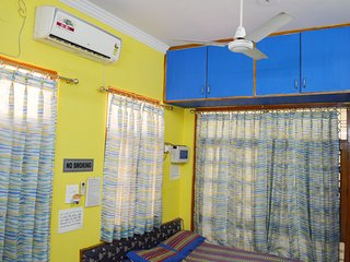 One BHK Serviced Apartment SA1 for rent in Lucknow, India with Modular Kitchen