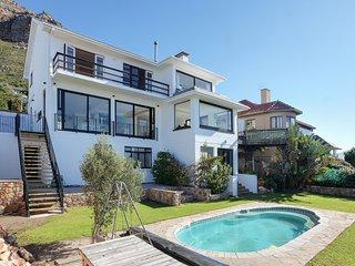 Muizenberg Villa