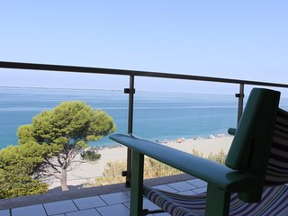 Great apartment in front of the sea, Longobardi