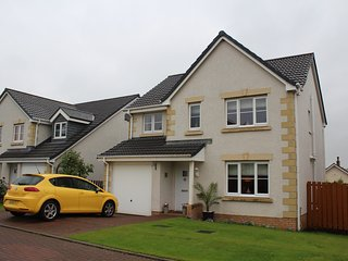 Stirling House (4 bedroom), Galston
