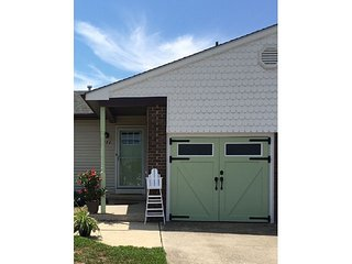 COMFORTABLE PET FRIENDLY TWIN 131897, Cape May