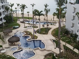 Beach Condo with fabulous views, San Jose del Cabo
