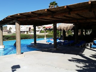 Charming condo walk to everything, San Jose del Cabo