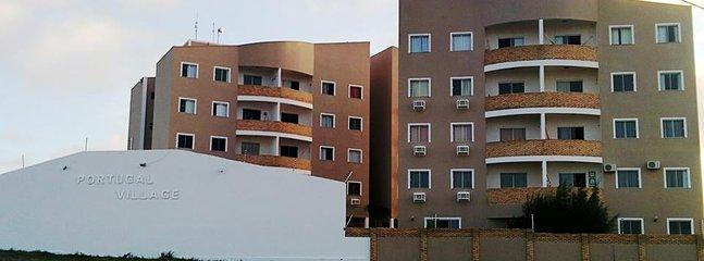 Facade of the condominium to the Avenue.