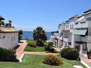Luxe vakantiehuis direct aan zee in Marbella, Sitio de Calahonda