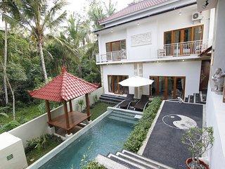 2BR Sri Janti Tranquil Villa Ubud Special Rate